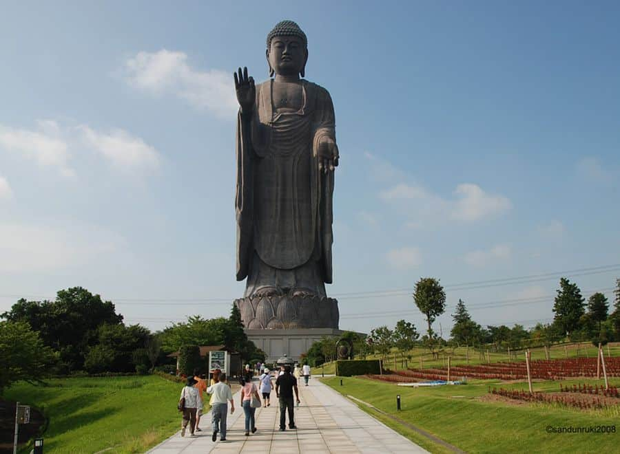 The top Tallest statues in the World, may be one of them from your country 3